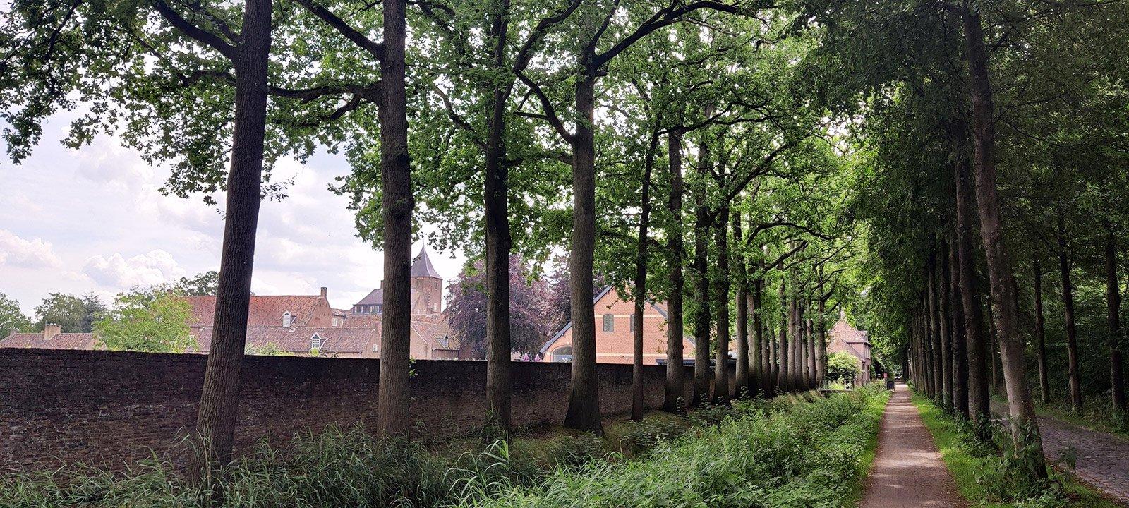 Biennale 2021 Oosterhout De Heilige Driehoek Klooster Catharinadal Zijaanzicht